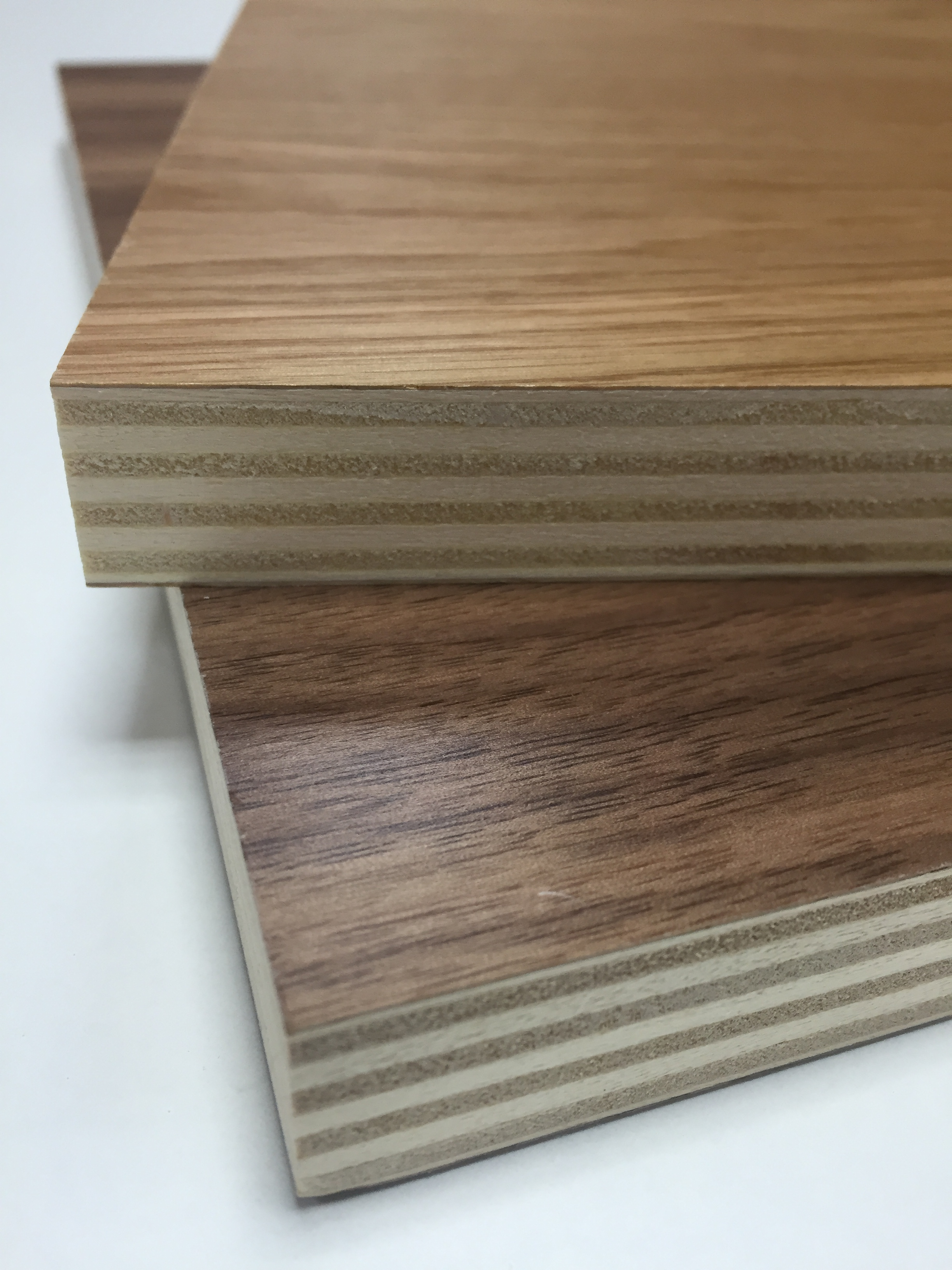 Pre-lacquered Poplar Ply Veneer